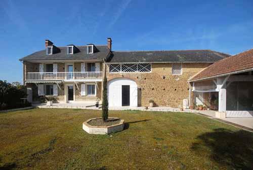 vente maison 9 pièces Vic-en-Bigorre 64460