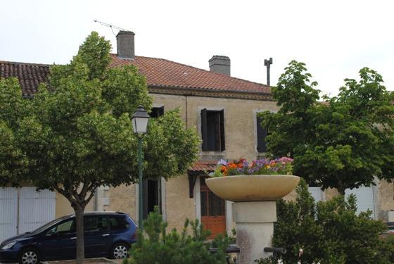 vente maison 6 pièces VIC-FEZENSAC 32190